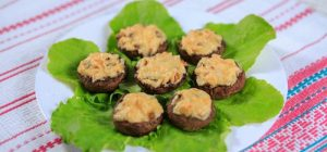 Фаршированные грибы: рецепты аппетитного и сытного блюда