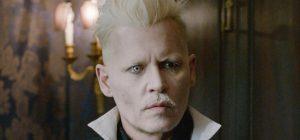 """Фанаты требуют вернуть Джонни Деппа в """"Фантастические твари"""""""