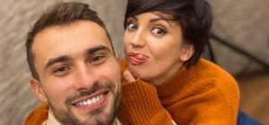 Украинская певица изменила своему супругу с танцором