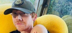 """Звезда """"Гарри Поттера"""" зарегистрировался в Instagram и показал маленькую дочь (фото)"""