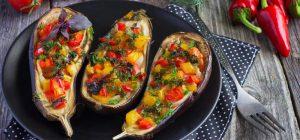 Фаршированные баклажаны: вкусные рецепты восхитительной праздничной закуски