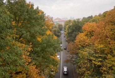 Температура в Києві підскочить до +18°, але погоду зіпсує штормовий вітер