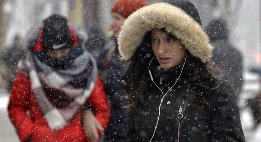 Головні новини України 2 грудня: скасування карантину вихідного дня і можливе введення локдауну