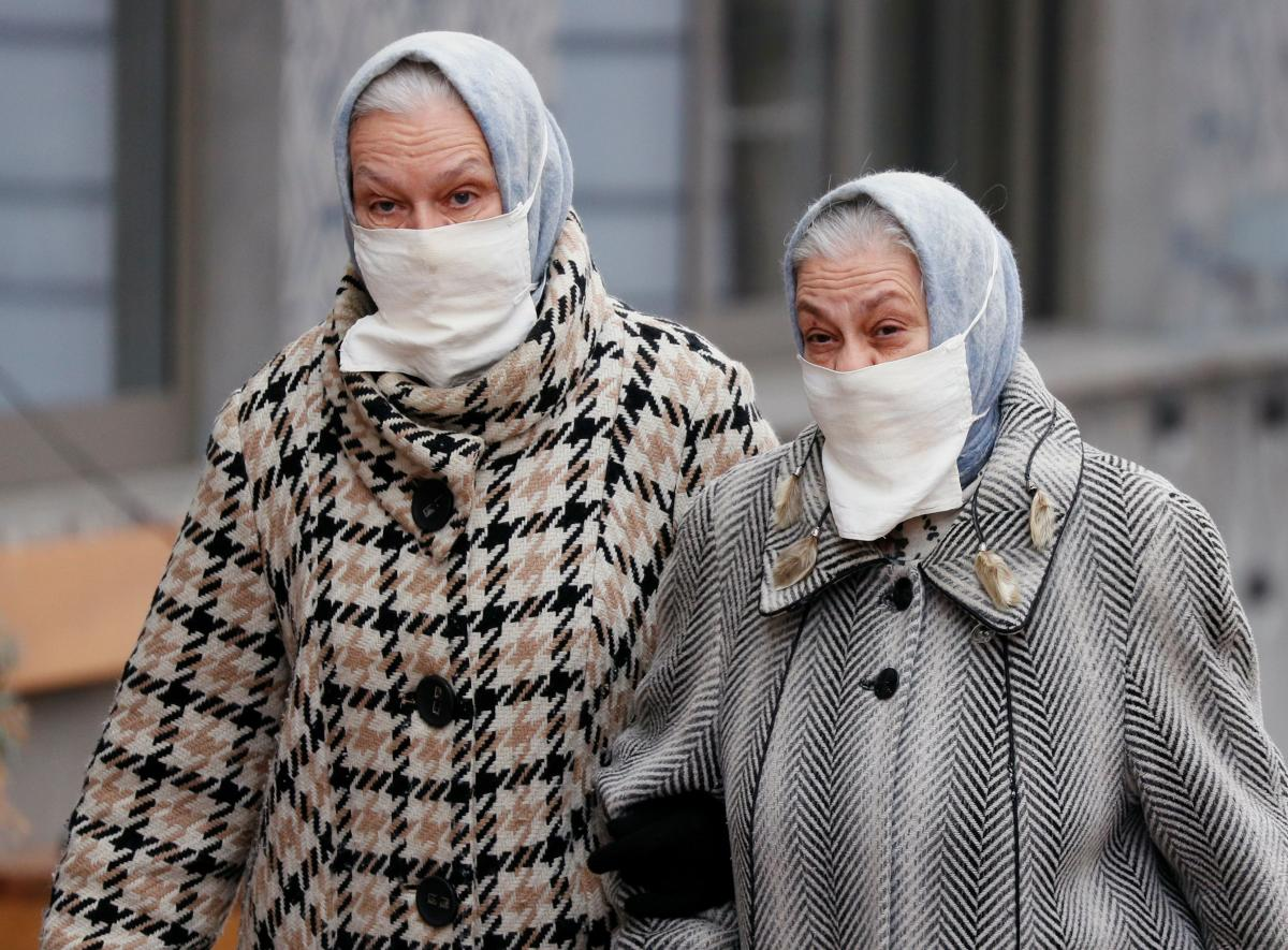 Коронавірус старить людину \ фото REUTERS