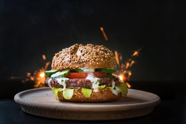 Куриный бургер рецепт /фото pixabay