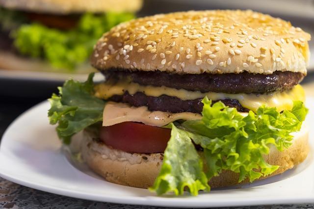 Бургер вдома рецепт / фото pixabay