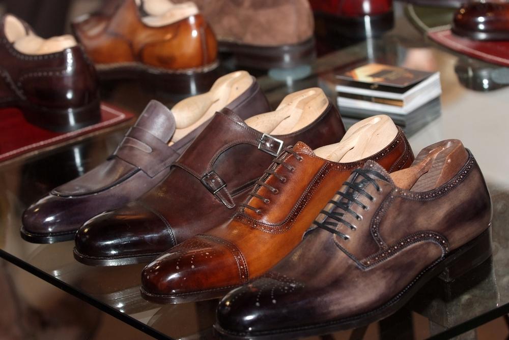 Модная мужская обувь 2020-2021 / фото ua.depositphotos.com