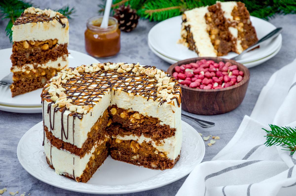 Рецепт торта Сникерс / фото ua.depositphotos.com