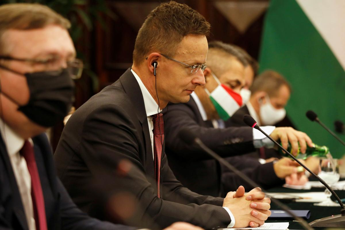 Петер Сиярто призвал ОБСЕ направить спецмиссию на Закарпатье / фото REUTERS