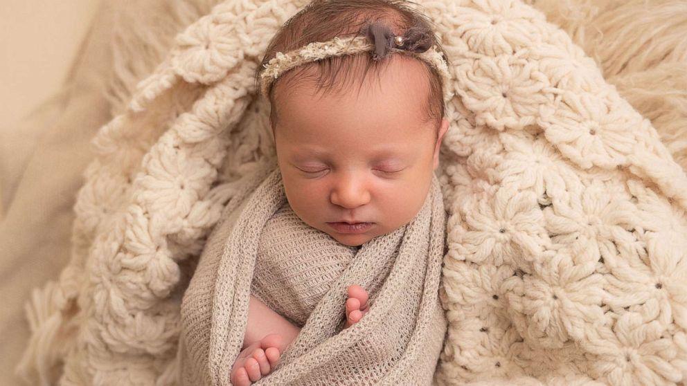 Замороженный донорский эмбрион в феврале успешно пересадили матери/ фото Haleigh Crabtree Photography