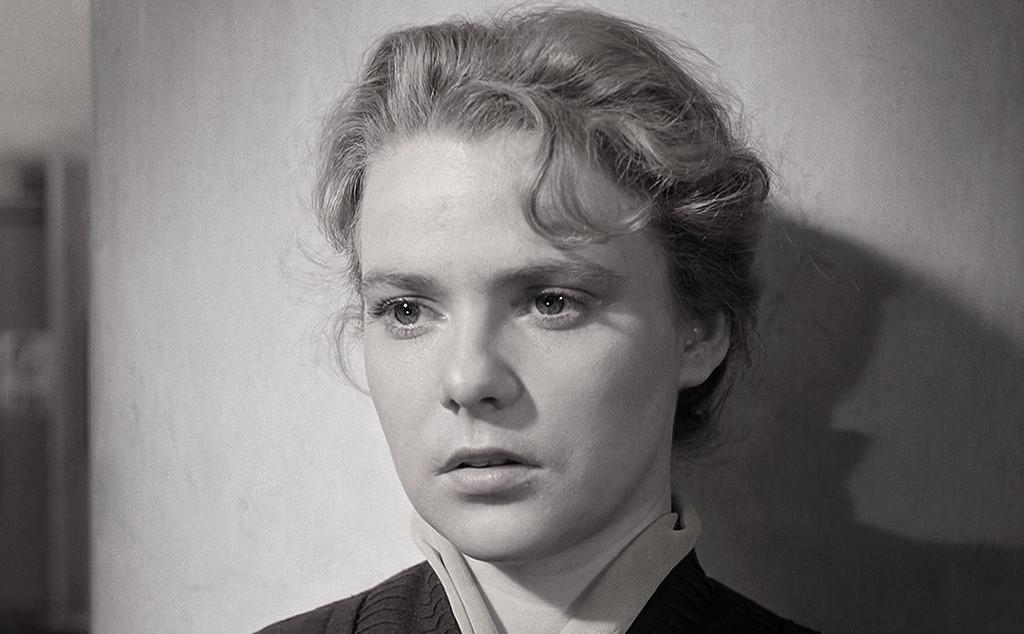 Нина Иванова / кадр из фильма