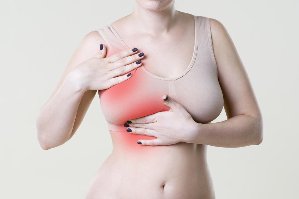 Болит грудь причины / фото ua.depositphotos.com
