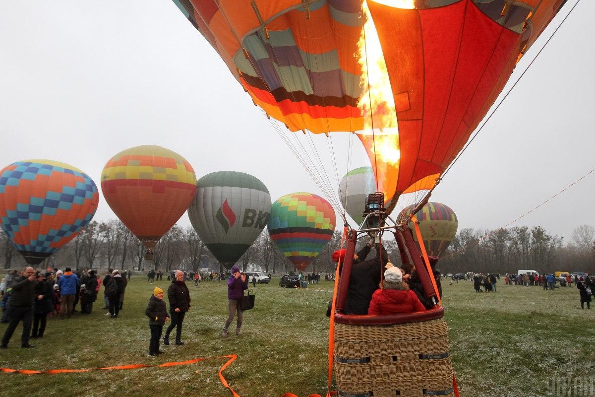 В Киеве прошел первый день фестиваля воздушных шаров / фото УНИАН (Алексей Иванов)