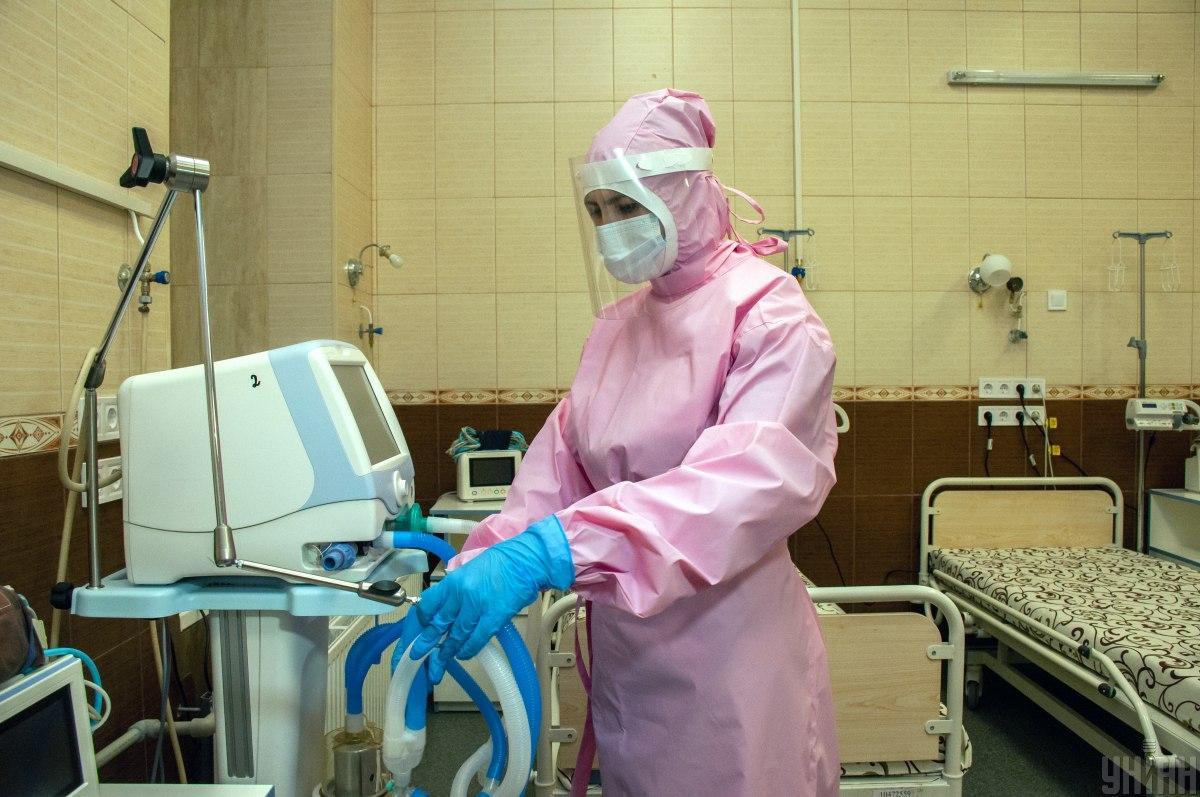 У Рівненській області лікарні забиті пацієнтами / фото УНІАН
