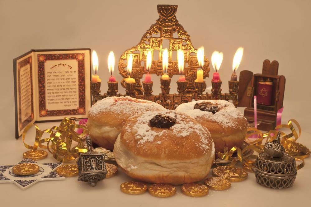 Традиції Хануки/ фото ua.depositphotos.com