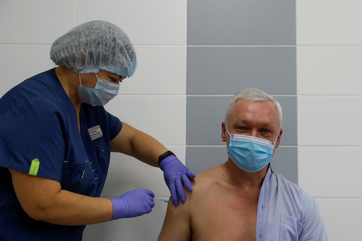 Завтра в Україні стартує вакцинація від коронавірусу / фото REUTERS