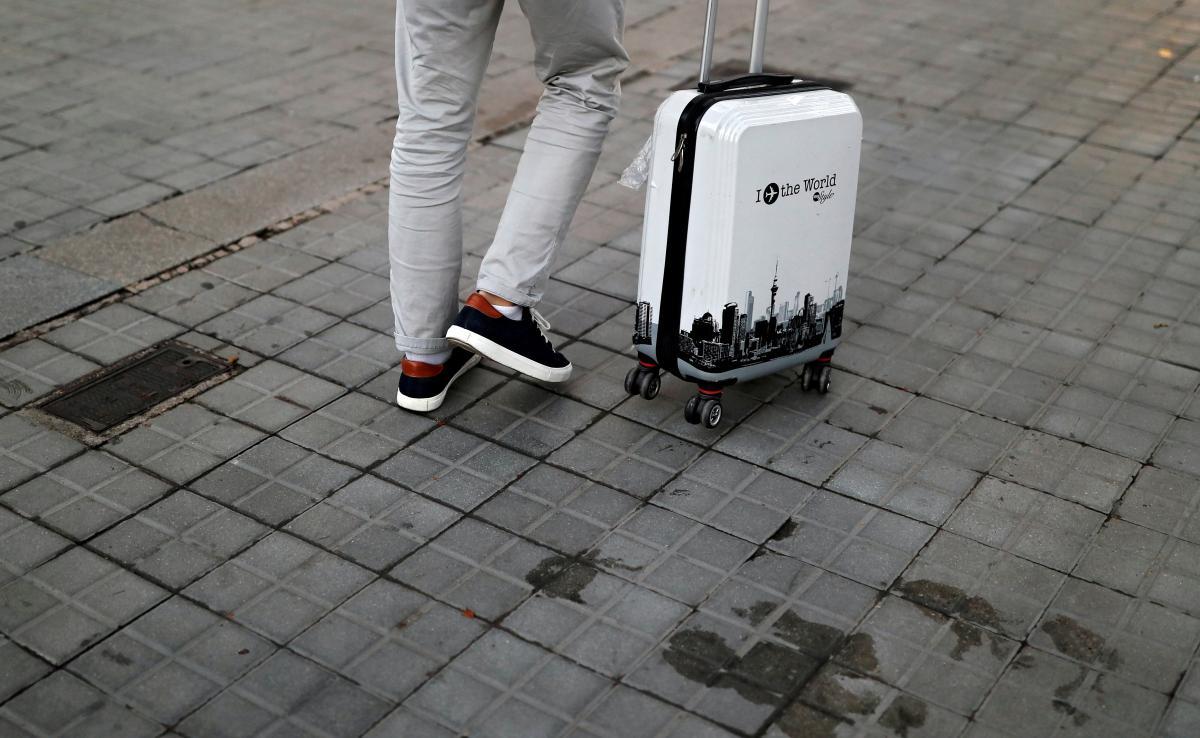 21 квітня - День валіз / фото REUTERS