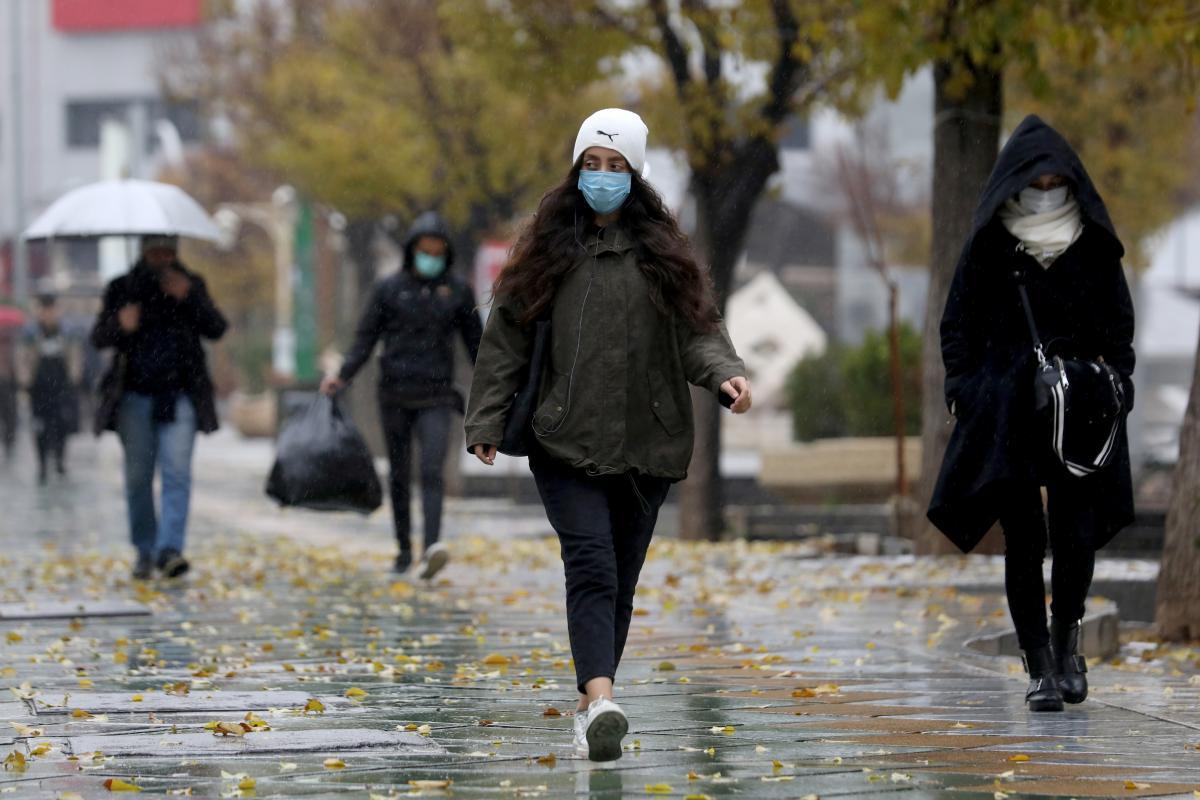 В Киеве растет количество больных коронавирусом \ фото REUTERS