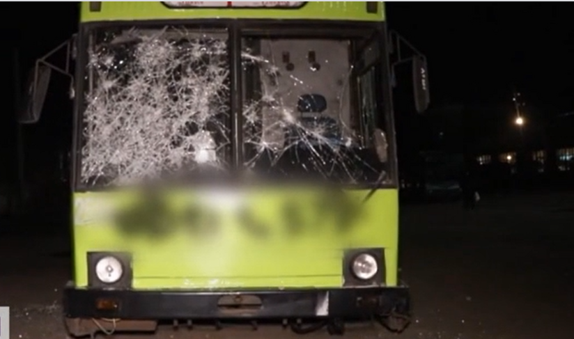 Коммунальщики насчитали более 300 тыс. грн убытков \ скриншот с видео