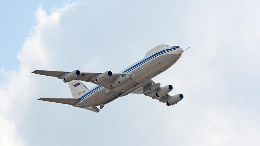 Літак доставили в Таганрог для планових робіт з модернізації / фотоdepositphotos