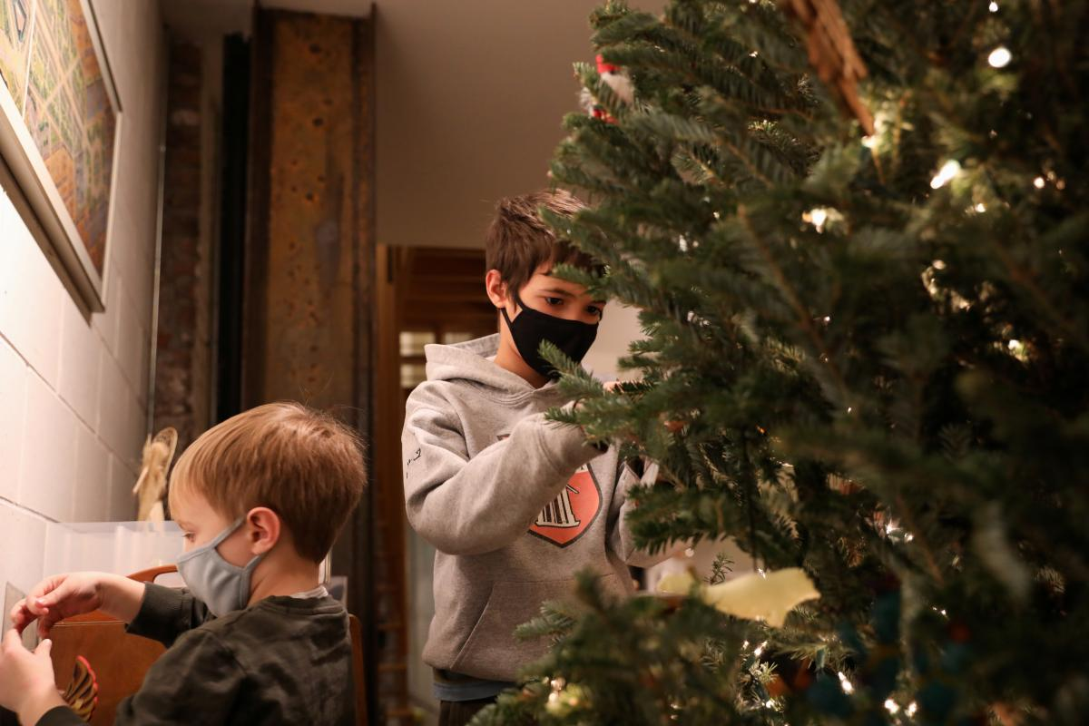 Коронавирус в Украине и мире - самое важное за 8 декабря / REUTERS