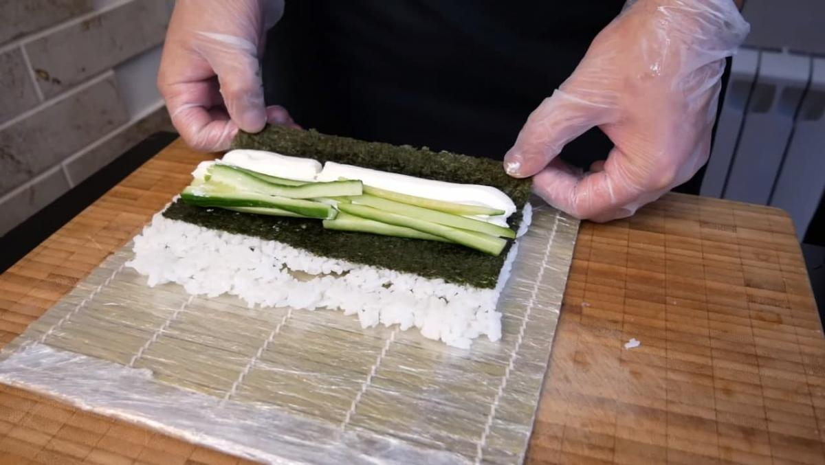 """Як зробити суші вдома / фото YouTube-канал """" Покашеваримо"""""""