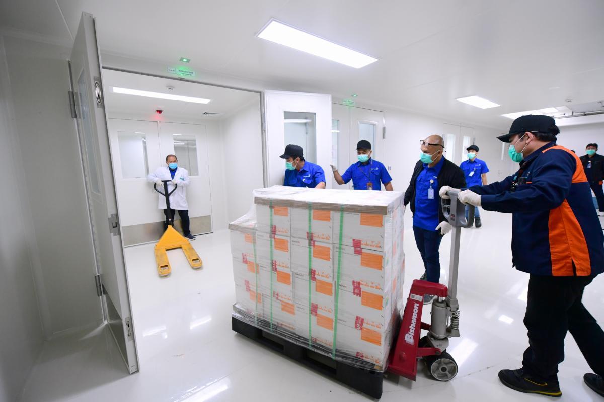 Вакцина від COVID індонезійської Bio Farma показала ефективність 97% / фото REUTERS