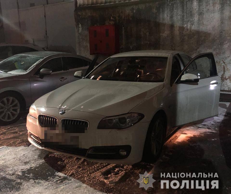 """В Одессе бросили """"коктейль Молотова"""" в припаркованный автомобиль / фото od.npu.gov.ua"""