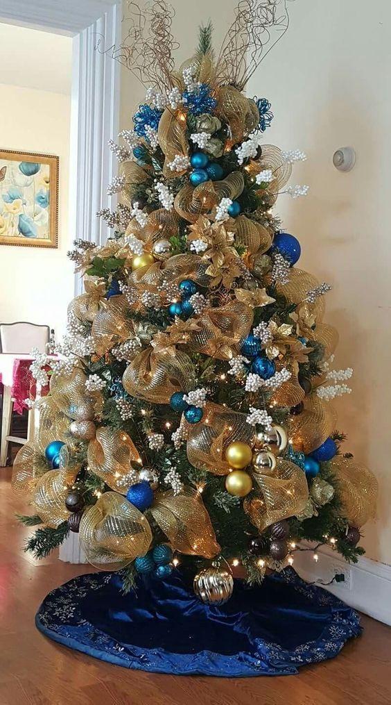Как украсить елку на Новый год 2021 / фото pinterest.com