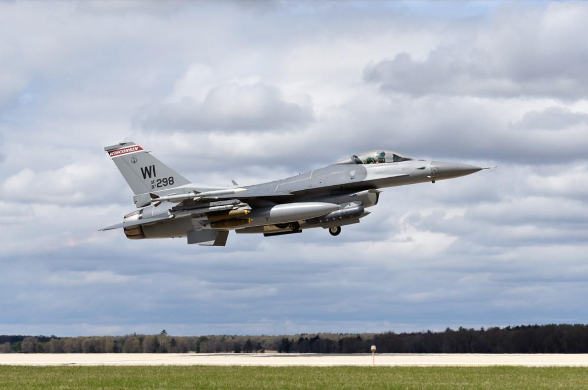 Про те, чи вижив пілот, не повідомляється / фото 115th Fighter Wing / Facebook