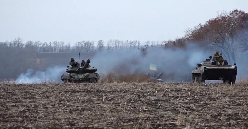 Военные провели танковые учения \ Фейсбук Операция объединенных сил