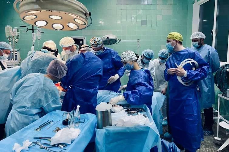 В Украине впервые провели трансплантацию почки 3-летнему ребенку / фото с Facebook-страницы Ирины Заславец