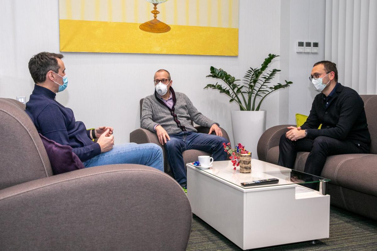 Главной темой для обсуждения станет пандемия коронавируса в стране/ фото ВОЗ Украина/Facebook