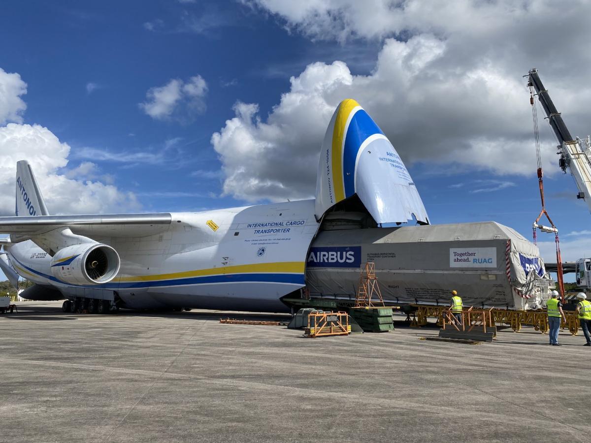 Супутник був доставлений з аеропорту Тулузи / скріншот Twitter
