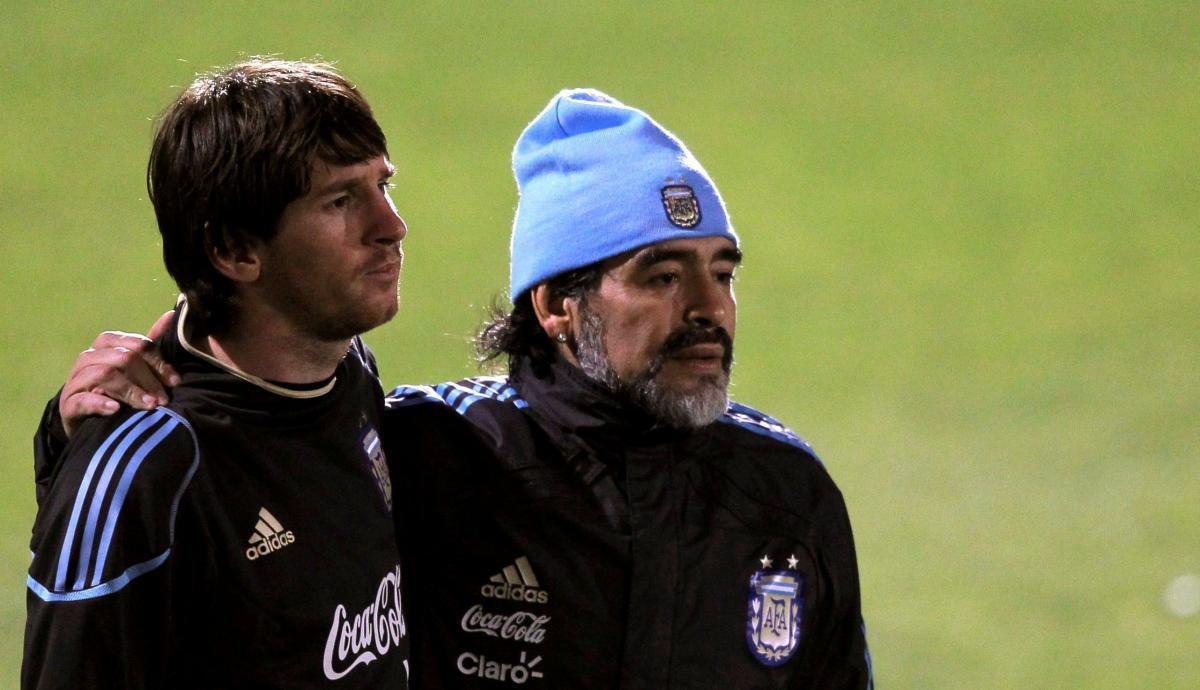 Лионель Месси и Диего Марадона / фото REUTERS