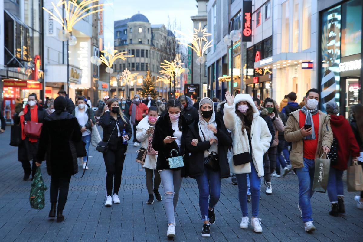 8 марта в Германии будут сняты ограничения на работу некоторых магазинов \ фото REUTERS