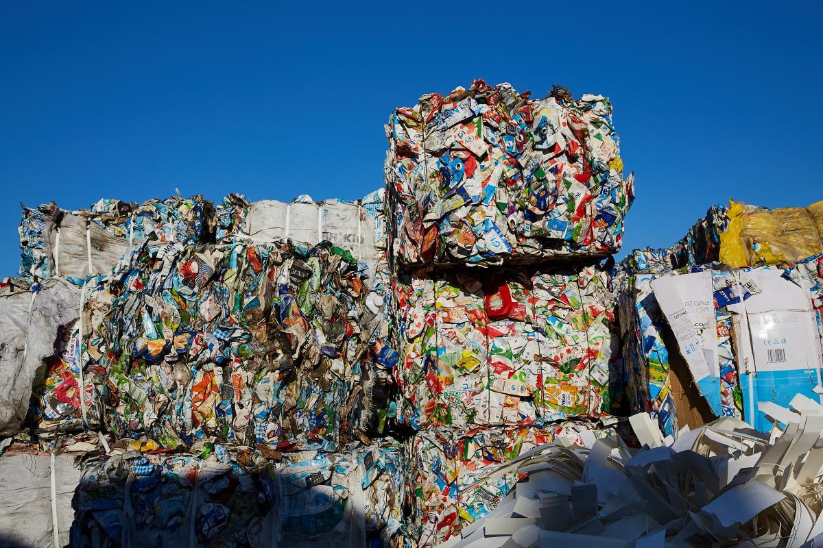 На місяць на фабриці перероблюється чотири тисячі тон Tetra Pak / фото музею