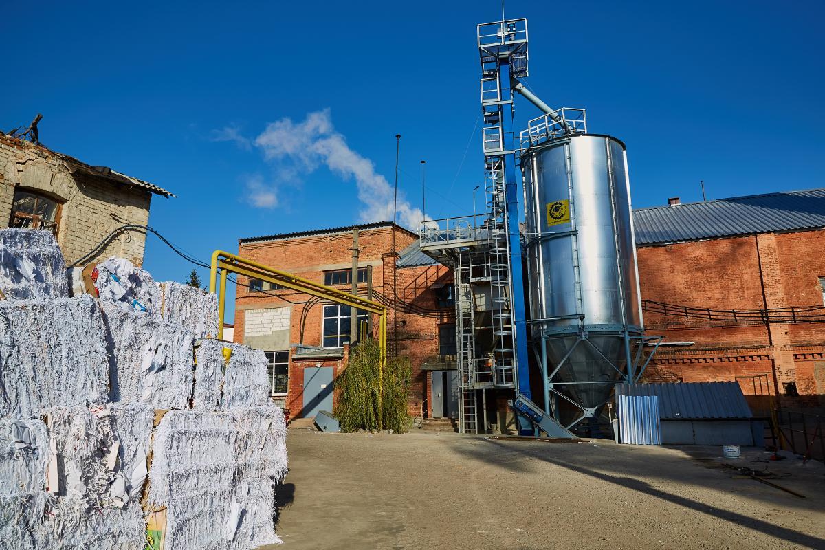 Екскурсії проводять працівники фабрики, які маютьдля цього залишити свою роботу / фото музею