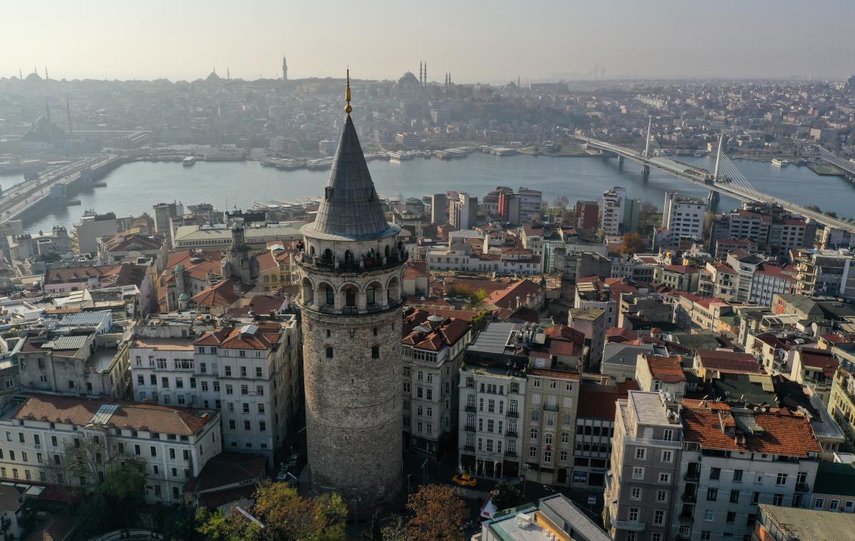 МАУ добавила рейсы в Стамбул / фото REUTERS