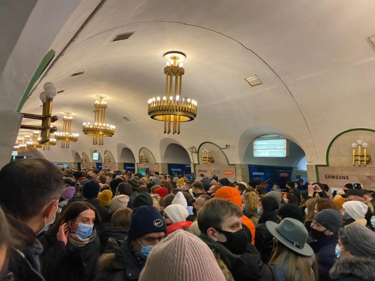 Проезд в метро может подорожать / фото ТСН