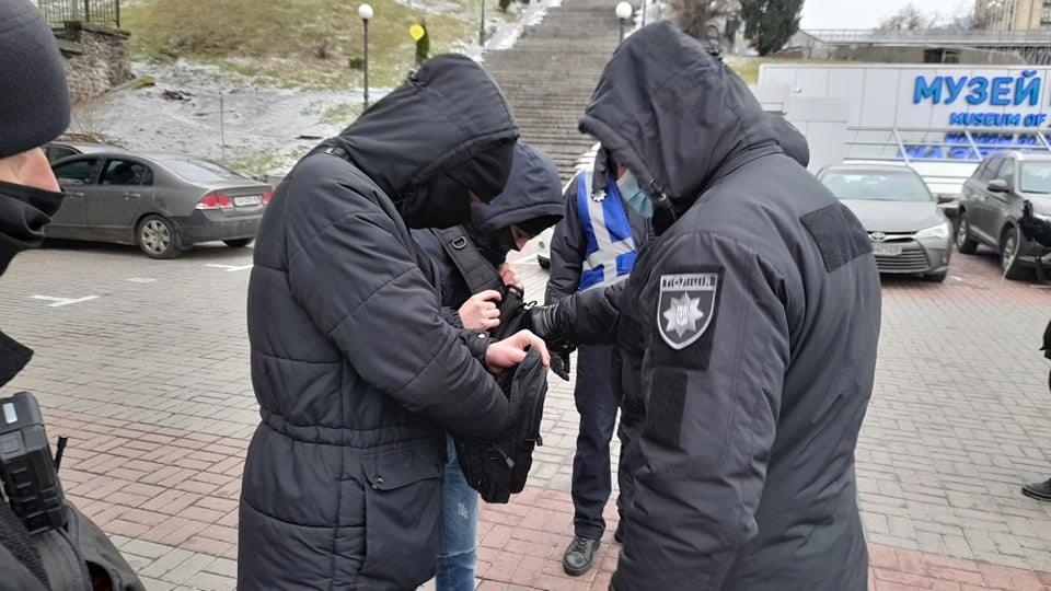 Дмитрий Хилюк, УНИАН