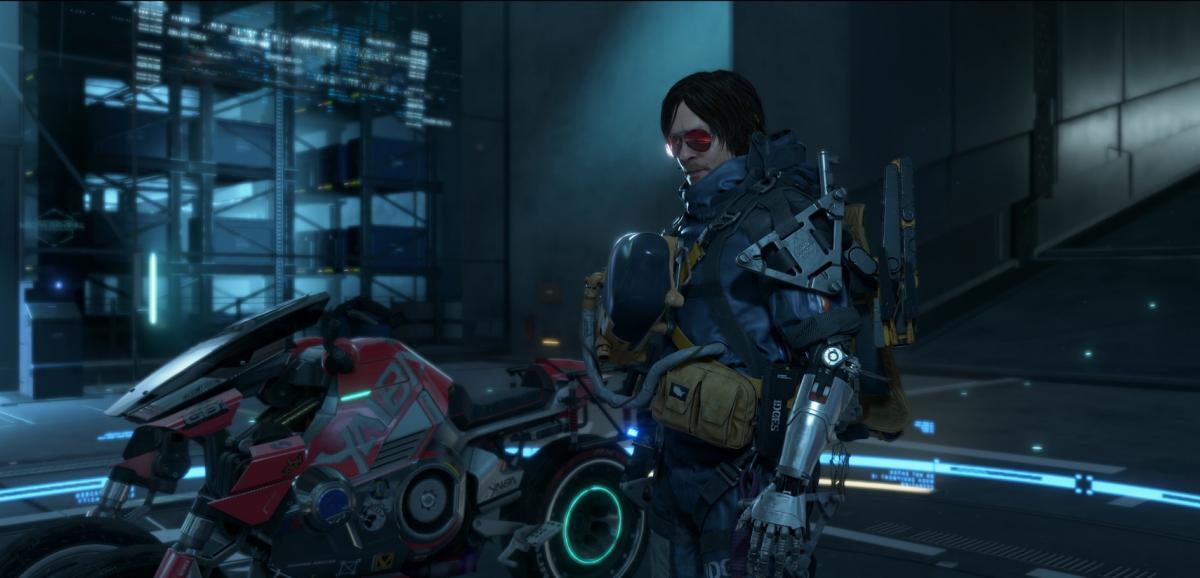 Главный герой Death Stranding получил протез руки и трицикл из Cyberpunk 2077 / фото Kojima Productions