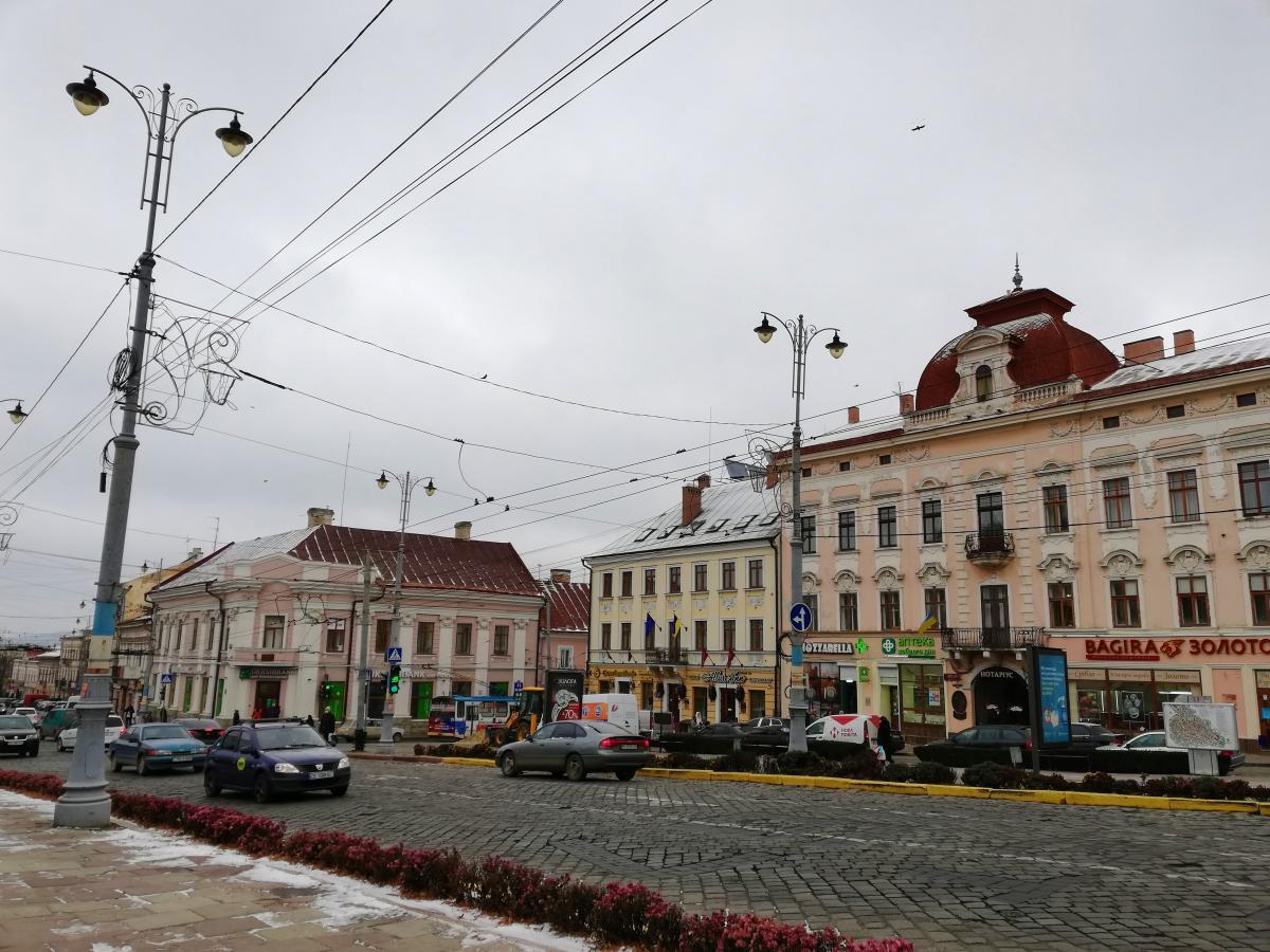 От австрийцев Черновцам досталась красивейшая архитектура / фото Марина Григоренко
