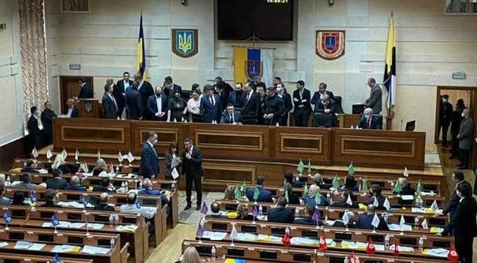 Депутаты в течение почти шести часов находились в президиуме / фото odessa.online