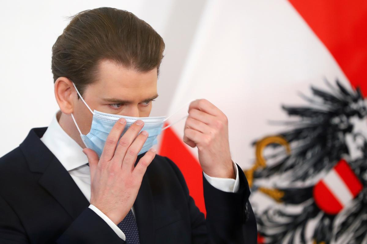 Канцлер Австрии Себастьян Курц завил об ужесточении карантина / REUTERS