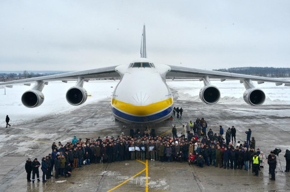 24 грудня 1982 року в Києві здійснив свій перший дослідний політ літак Ан-124 «Руслан» / фото day.kyiv.ua