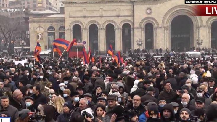 К ним присоединились700 адвокатов, сообщил представитель партии АРФД / фото Радио Азатутюн