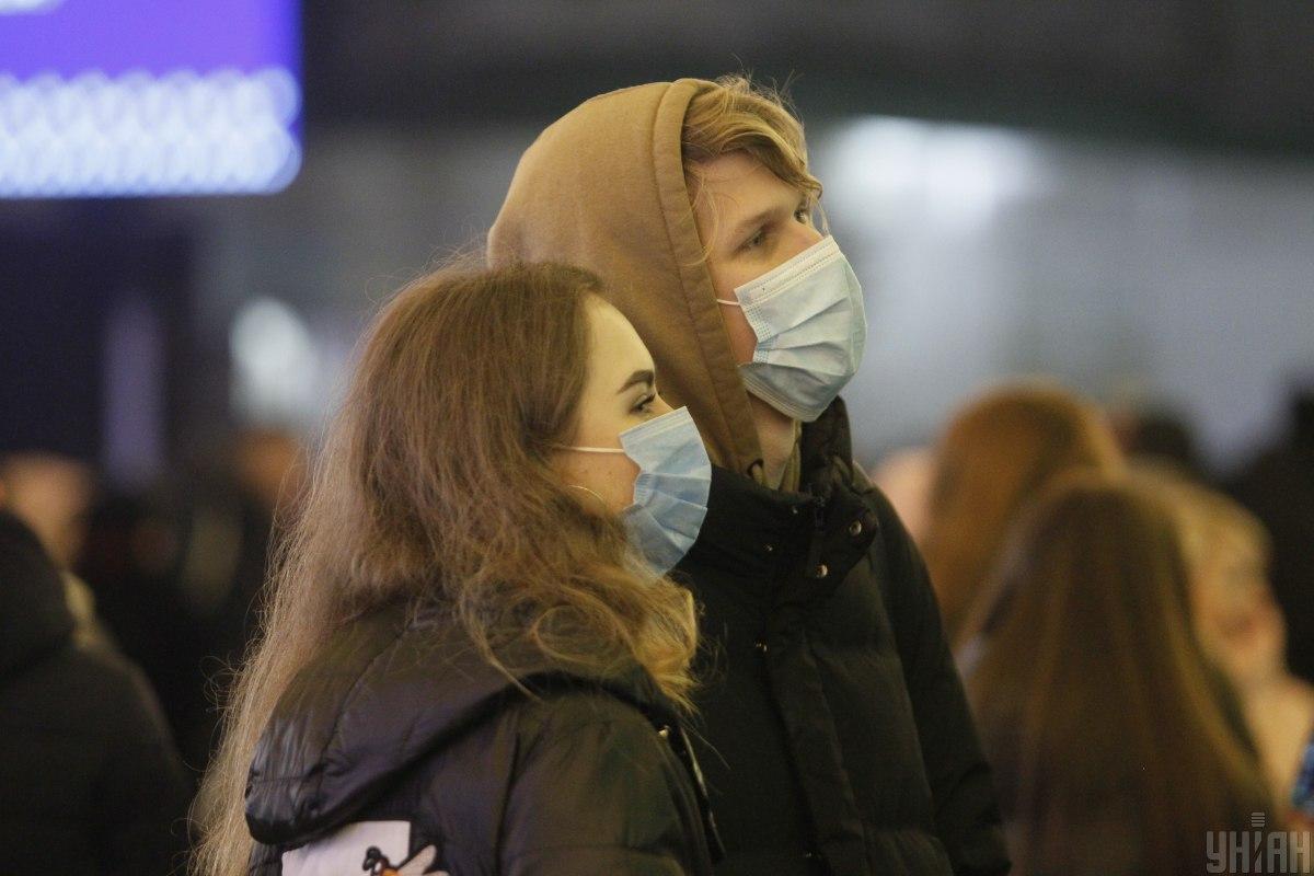 Сколько случаев коронавируса выявлено в Украине за сутки? / фото УНИАН, Борис Корпусенко