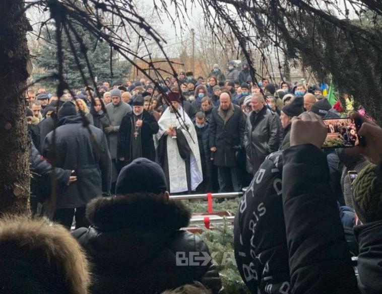 Похороны Кернеса / фото BEXA