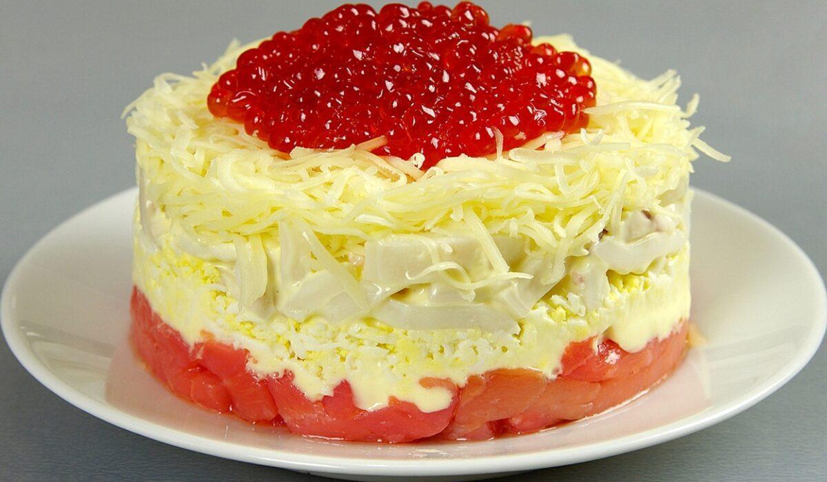 Вкусный салат с кальмарами - рецепт / фотоfood.noteru.com